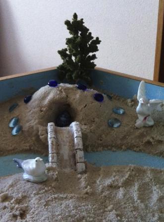 Jeux de sable : reflets des aspects individuels et collectifs dans la psyché. (Isabelle UNY).